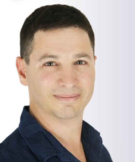 Dr Eitan Livny