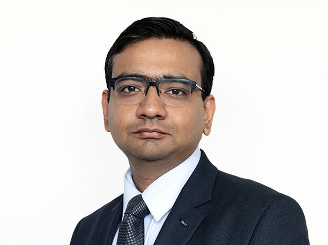 Dr. Jayesh Vazirani