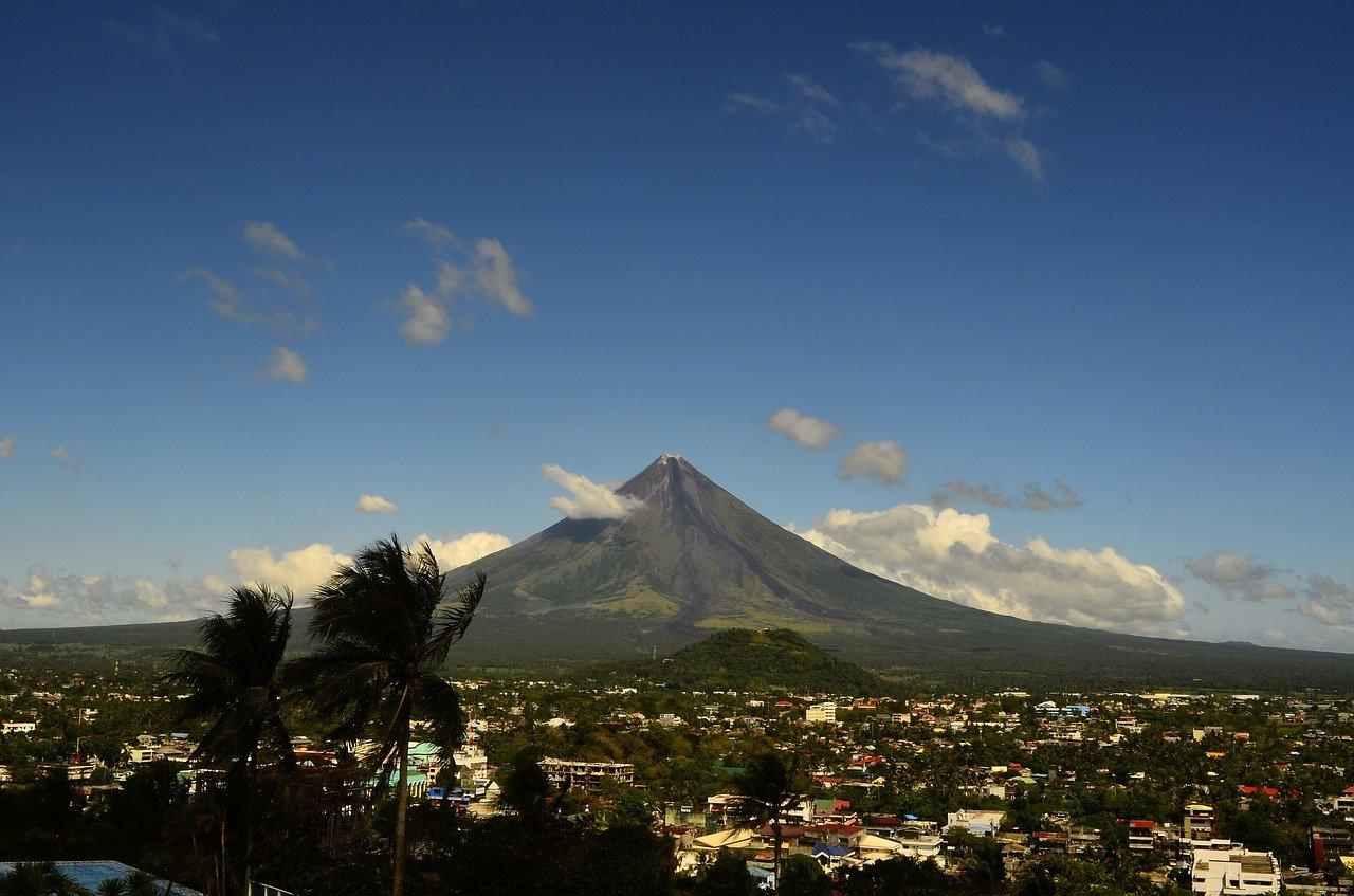 volcano 659640_1280